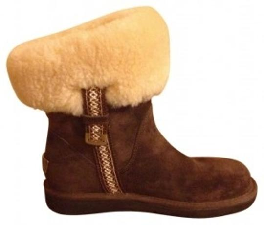 Preload https://item4.tradesy.com/images/ugg-australia-expresso-cuff-ankle-metro-bootsbooties-size-us-7-regular-m-b-35658-0-0.jpg?width=440&height=440