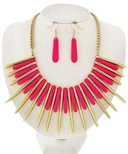 Preload https://item2.tradesy.com/images/other-gold-tone-neon-pink-acrylic-necklace-and-earrings-3566926-0-0.jpg?width=440&height=440