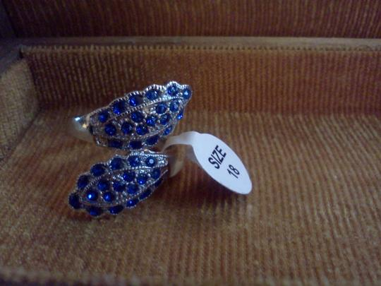 Other Silver plated party ring inctusted with colbalt blue stones