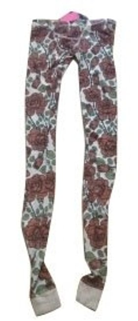 Preload https://img-static.tradesy.com/item/357/wildfox-floral-print-leggings-size-0-xs-25-0-0-650-650.jpg