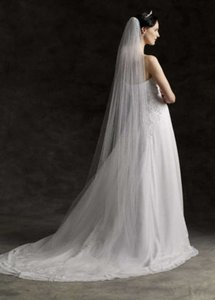 Vera Wang Ivory Long Two-tier Cathedral Length with Raw Edge Style Vw370024 Bridal Veil