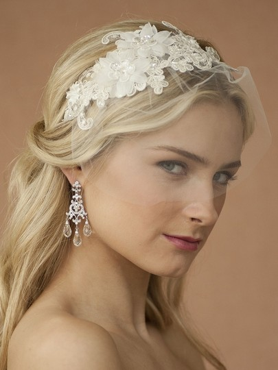 Mariell Ivory Birdcage Handmade Headband with European Lace Applique & Petite 4090hb-i Bridal Veil