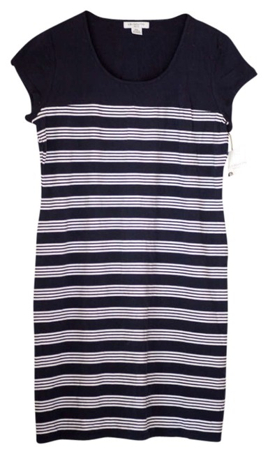 Item - Navy Blue with White Stripes Knee Length Short Casual Dress Size 16 (XL, Plus 0x)