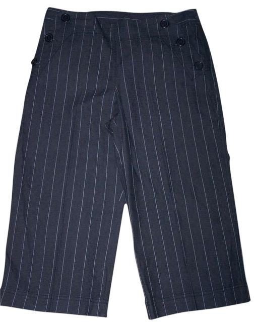 Preload https://item5.tradesy.com/images/larry-levine-black-pinstripe-capris-size-petite-10-m-357604-0-2.jpg?width=400&height=650