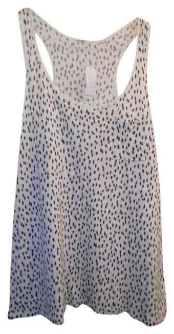Preload https://item3.tradesy.com/images/old-navy-racer-racer-back-neutral-chiffon-women-pocket-jersey-tank-topcami-size-14-l-358482-0-0.jpg?width=400&height=650