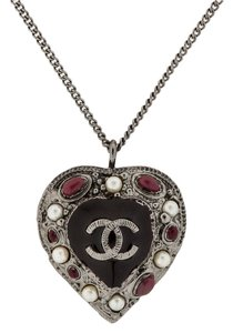 Chanel Chanel Heart Necklace Pendant 11A Pearls Beads White Red Burgundy Black Enamel Gripoix Gunmetal Silver CC Logo Classic Timeless