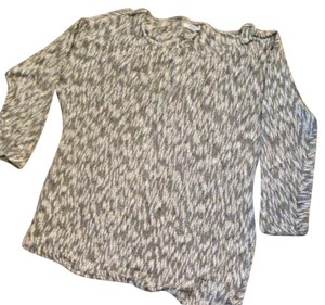 A Pea In The Pod Lightweight Sweater