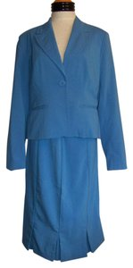 Metro Style Ladies Metrostyle 2pc Cornflower Blue Skirt Suit