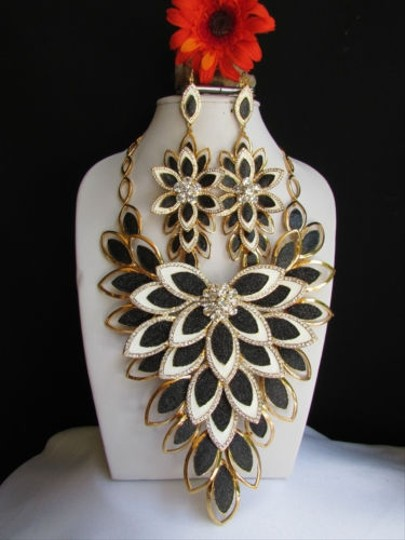 Other Women Gold Big Flower Black White Leaves Pendant Long Fashion Necklace Earrings