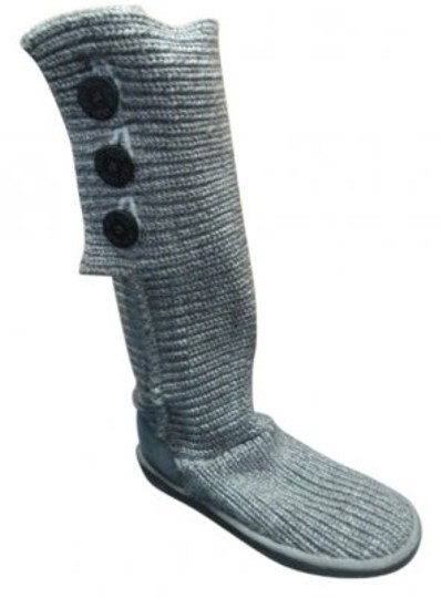 Preload https://item5.tradesy.com/images/ugg-australia-gray-classic-cardy-bootsbooties-size-us-9-regular-m-b-35914-0-0.jpg?width=440&height=440
