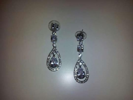 Mariell Mariell Faceted Bridal Earrings With Pear-shaped Drop