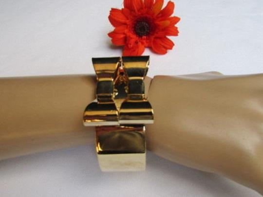 Other Women Bracelet Cuff Gold Metal Fashion Two Double Bows One Fits All