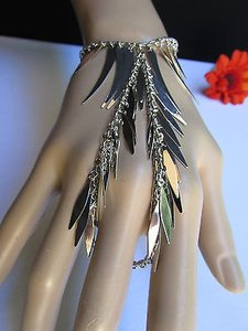 Women Bracelet Fashion Silver Chains Leaves Metal Hand Slave Connected Spike