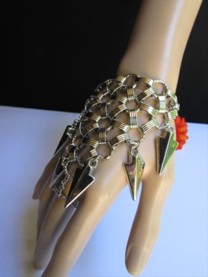 Preload https://item5.tradesy.com/images/women-bracelet-fashion-silver-chains-big-spikes-metal-hand-slave-connected-3594064-0-0.jpg?width=440&height=440