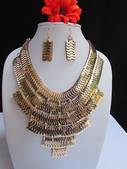 Preload https://item1.tradesy.com/images/women-necklace-wide-gold-thick-metal-strands-links-earrings-fashion-set-3594535-0-0.jpg?width=440&height=440