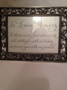 Memory Table Sign/frame