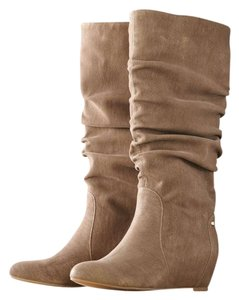 Jennifer Lopez Tan Boots