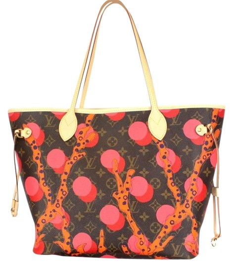 Louis Vuitton Limited Edition Ramages Neverfull Mm Tote in Monogram Graffiti