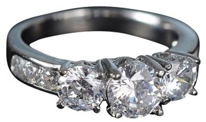 Engagement Ring With white Sapphires 18k Sz 6.5