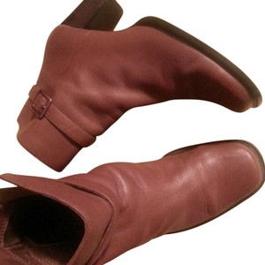 Karen Scott Leather tan Boots