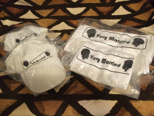 """ Very Married "" Men's Large T-shirt (afrocentric Style)"