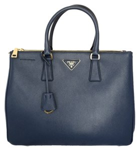 8c17f62dea10 Added to Shopping Bag. Prada Tote in Bluette. Prada Double Lux Bn1786  New-def Bluette Saffiano Lux Leather Tote