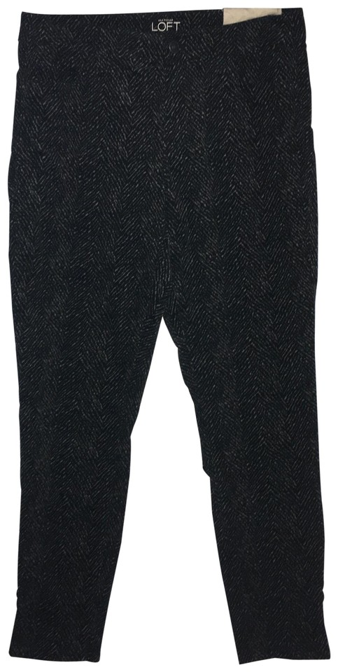 8cf3d448afca Ann Taylor LOFT Animal Print Velvety-feel Fabric Skinny Pants Black Image 0  ...