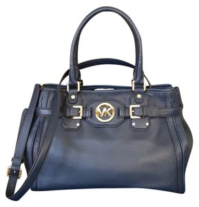 Michael Kors Tote in Navy