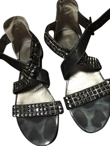 Wanted Metallic Sandals