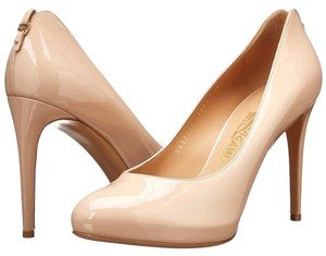 Salvatore Ferragamo Shoe Classic Pump Heels Nude Pumps