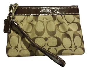 Coach Coach Signature C Pleated Wristlet Wallet