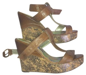Klub Nico Sandal Brown Wedges