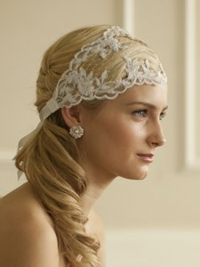 Mariell Split Lace Ribbon Wedding Headband With French Netting 4098hb-w