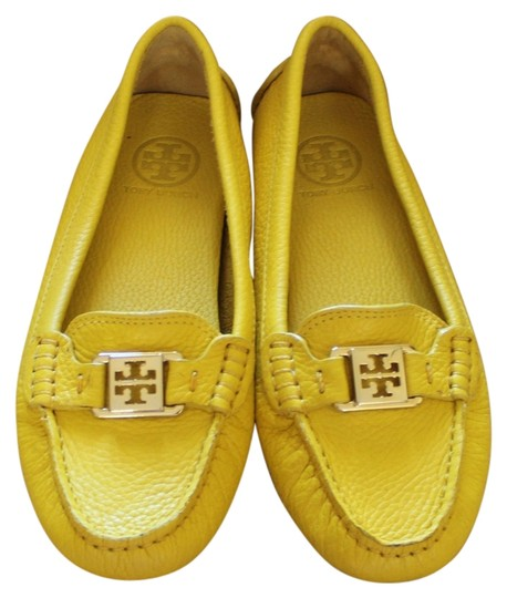 Tory Burch Leather Kendrick Loafer Square Toe Gold Hardware Logo Monogram Yellow Flats