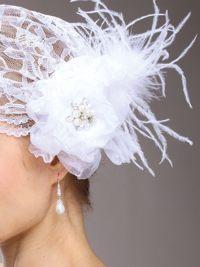 Mariell White Juliet Cap with Lace Organza Flower Feather Clip 3902v-w Hair Accessory