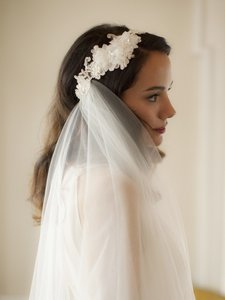 Mariell Runway Style Cascading 2-layer Side Veil With Ivory Crystal Lace Headband 4105v-i