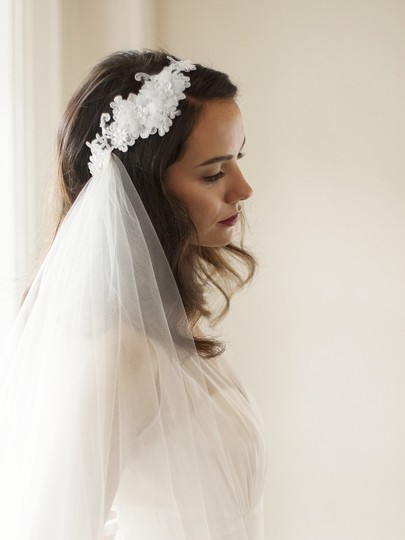 Mariell White Medium Runway Style Cascading 2-layer Side with Crystal Lace Headband 4105v-w Bridal Veil