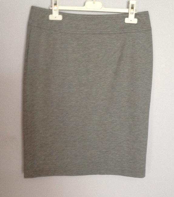 Escada Soft Comfortable Unique Elegant Skirt Open gray