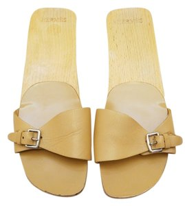 Hermès Hermes Nude Leather Wood Tan Sandals