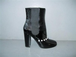 Chanel 14b Patent Black Boots