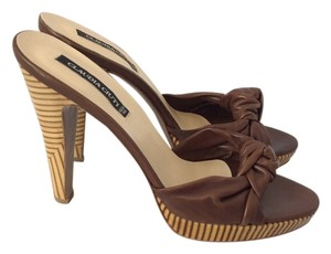 Claudia Ciuti Peep Toe Brown Sandals