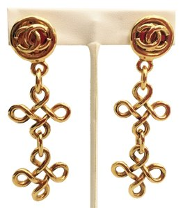 Chanel AUTH CHANEL gold tone Earrings CC With Box And Tag