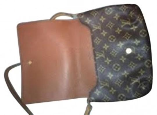 Preload https://item4.tradesy.com/images/louis-vuitton-tango-mina-monogram-canvas-shoulder-bag-36288-0-0.jpg?width=440&height=440