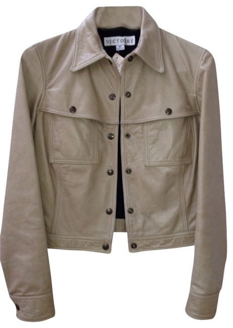 Preload https://item2.tradesy.com/images/sand-victore-jacket-size-6-s-363066-0-0.jpg?width=400&height=650