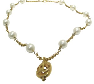 Chanel Chanel 29 Gold Tone And Faux Pearl Necklace