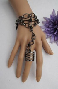 Other Women Bracelet 8 Metal Hand Chain Jewelry Gold Silver Big Horse Slave Ring