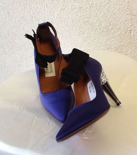 Lanvin Dark blue, purple tone Pumps