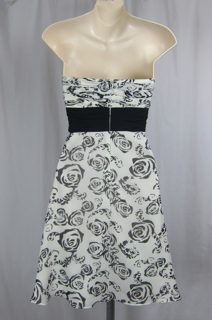 White House | Black Market Strapless Floral Flowers Ruched Silk Dress