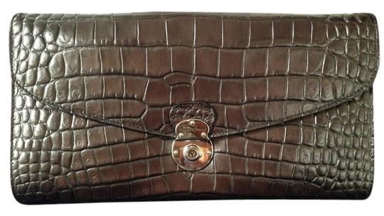 Preload https://item1.tradesy.com/images/dooney-and-bourke-brown-croc-leather-clutch-3635980-0-0.jpg?width=440&height=440