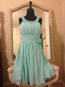 Mori Lee Tiffany Blue Knee Length Flowing A-line Feminine Bridesmaid/Mob Dress Size 8 (M)